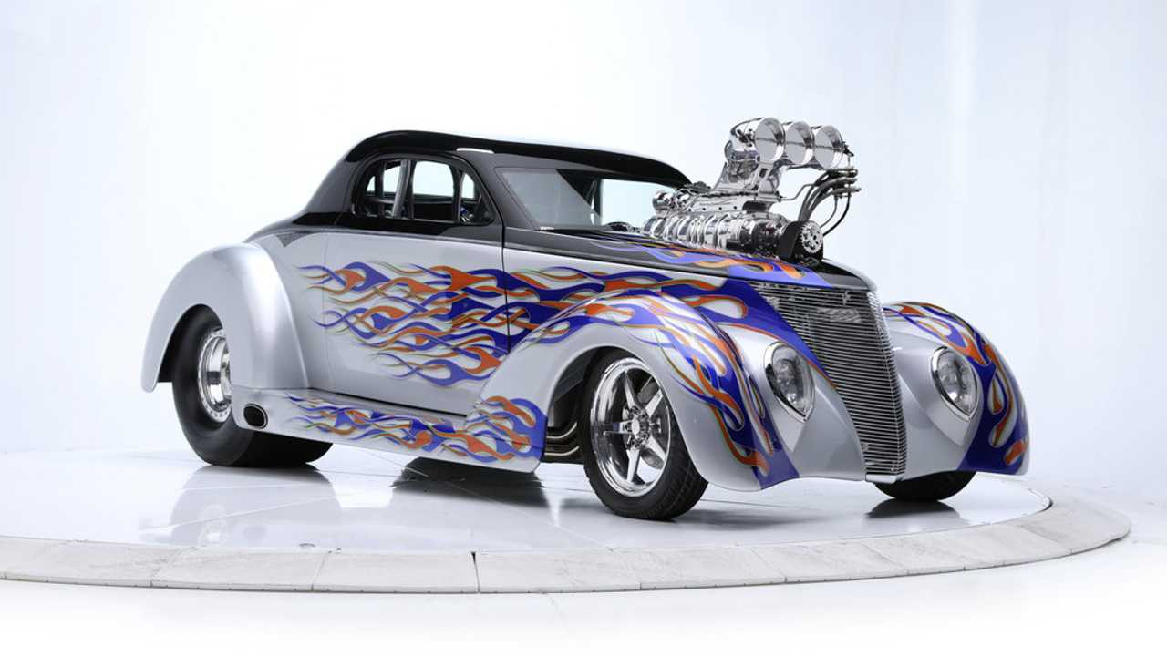 Nine No-Reserve Collections Head To Barrett-Jackson Auction Block