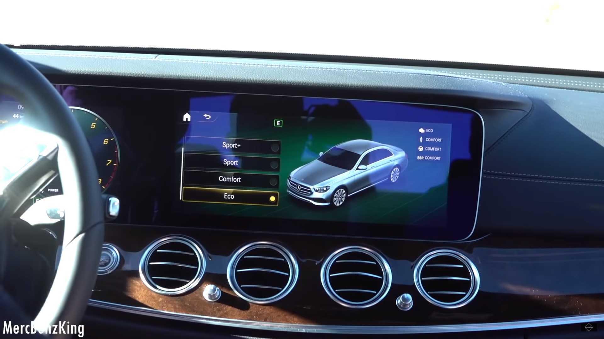 Mercedes enthüllt versehentlich neue E-Klasse ohne Tarnung