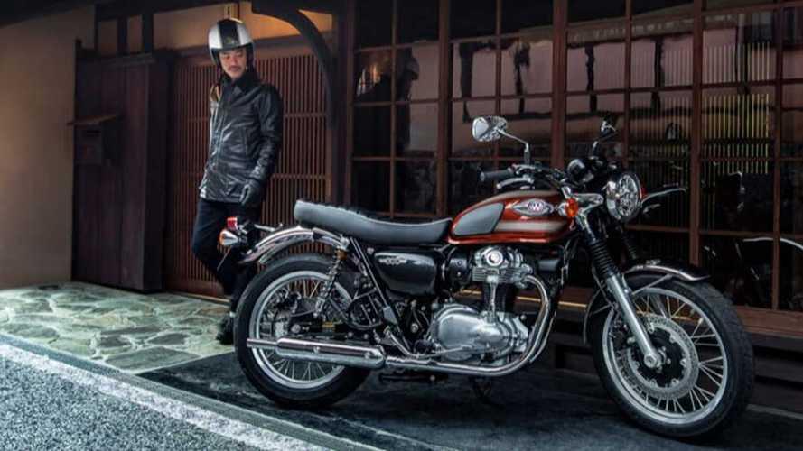 Kawasaki W800 2022 Bikin Pangling Dikira Motor Lawas Sungguhan