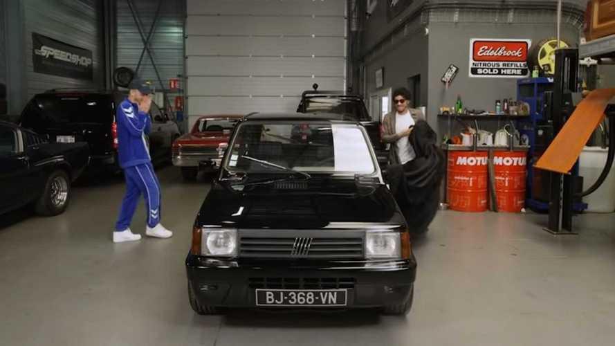 L'ex Fiat Panda de Mister V bat des records aux enchères