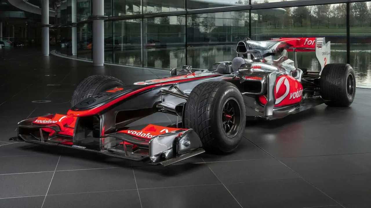 Lewis Hamilton's race-winning car heads to auction.