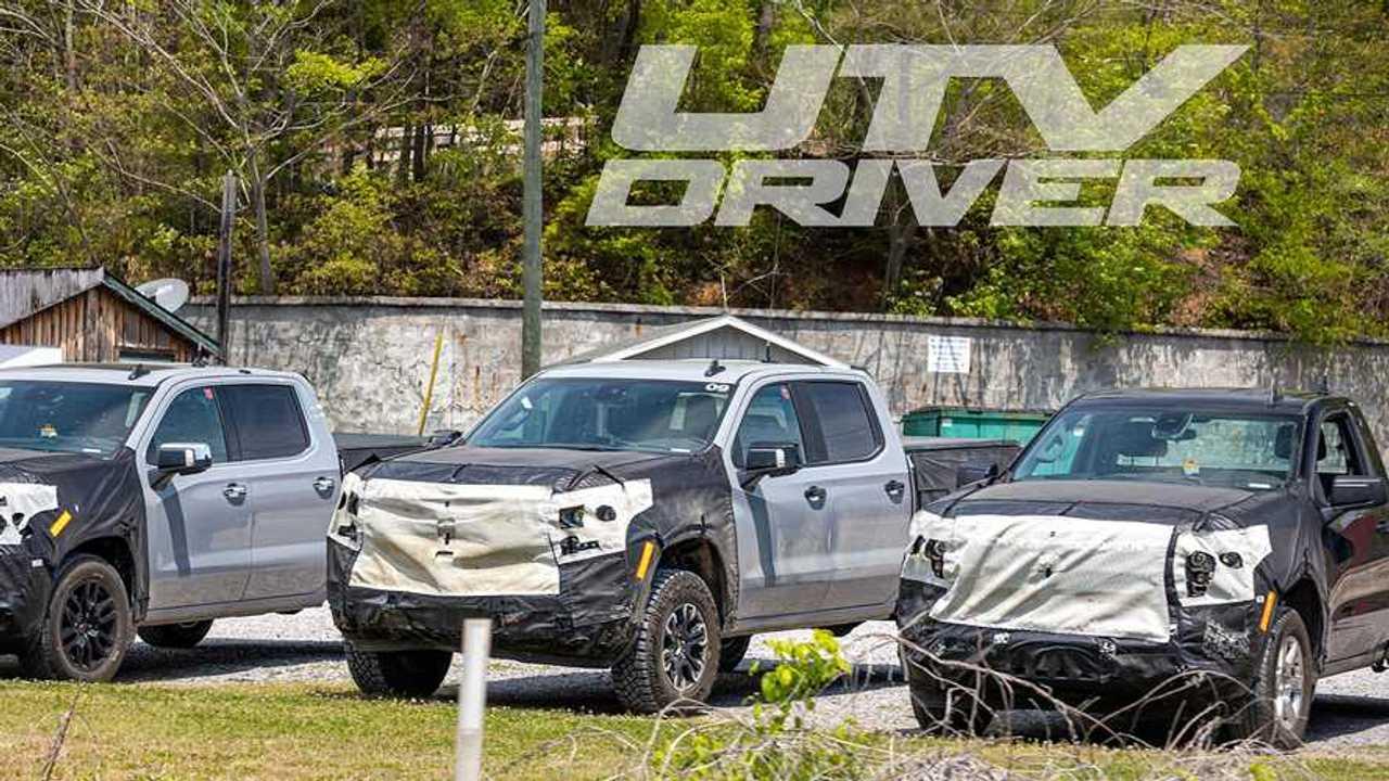 2022 Chevrolet Silverado ZR2 spy shots.