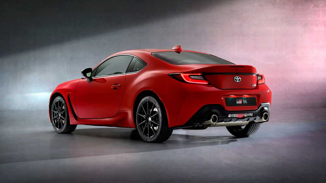 2022 Toyota GR 86 Breaks Cover With Bigger Engine And More Power