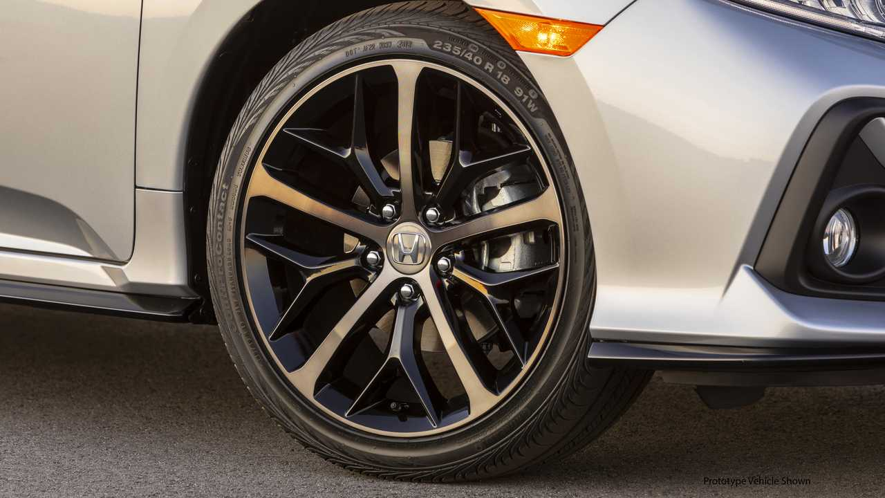 2020 Honda Civic Hatchback Gets Mild Update Small Price Bump