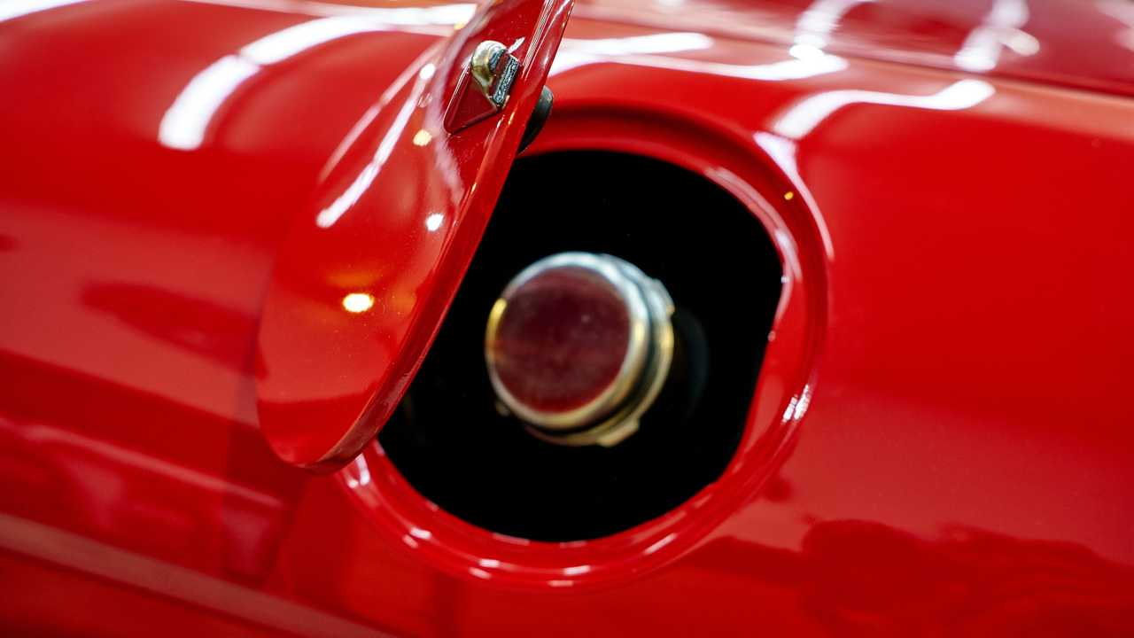 Fuel tank cap of red classic car
