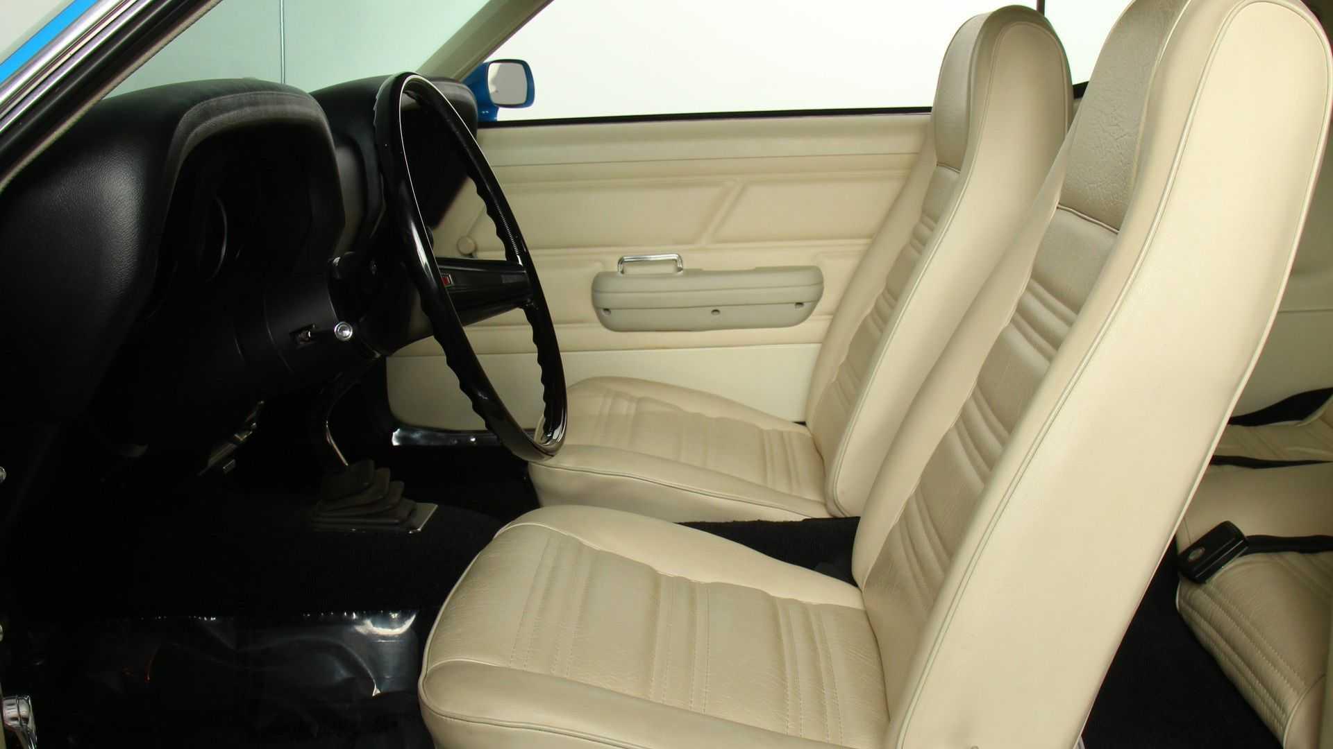 """[""""Furious 1970 Ford Mustang Boss 302 Hits Back At Camaros""""]"""
