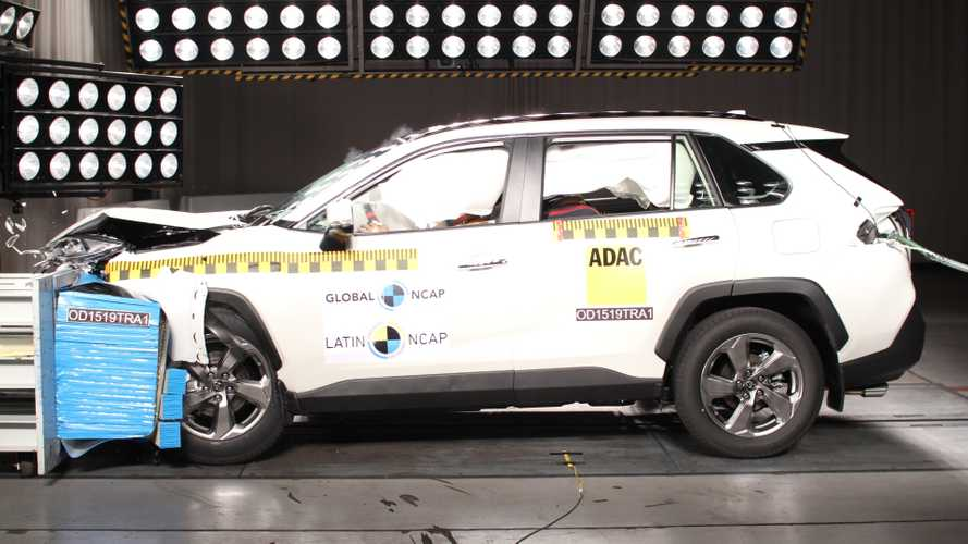 Latin NCAP: Toyota RAV4 gabarita e Renault Kangoo fica na média