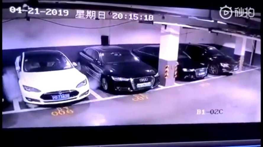 VIDÉO - Une Tesla Model S explose dans un parking à Shanghai