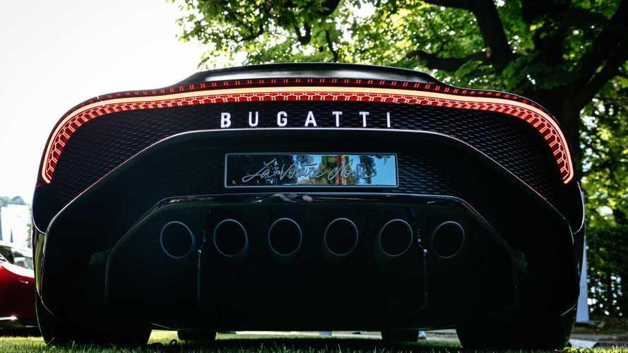 La voiture noire remporte le concours d'élégance de la Villa d'Este