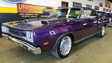 This 1969 dodge coronet r t in plum crazy is royally beautiful