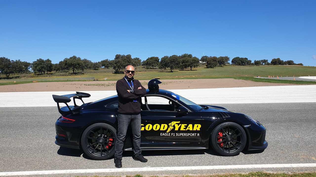 Ali Çelik Porsche 911 ile Goodyear'ın Yeni Lastiklerini Test Ediyor