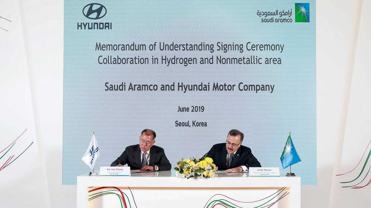 Hyundai and Saudi Aramco sign deal for hydrogen