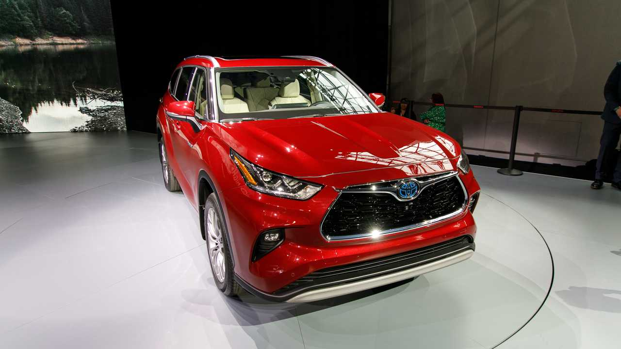 Video: 2020 Toyota Highlander Is The Brand's Best Looking Yet