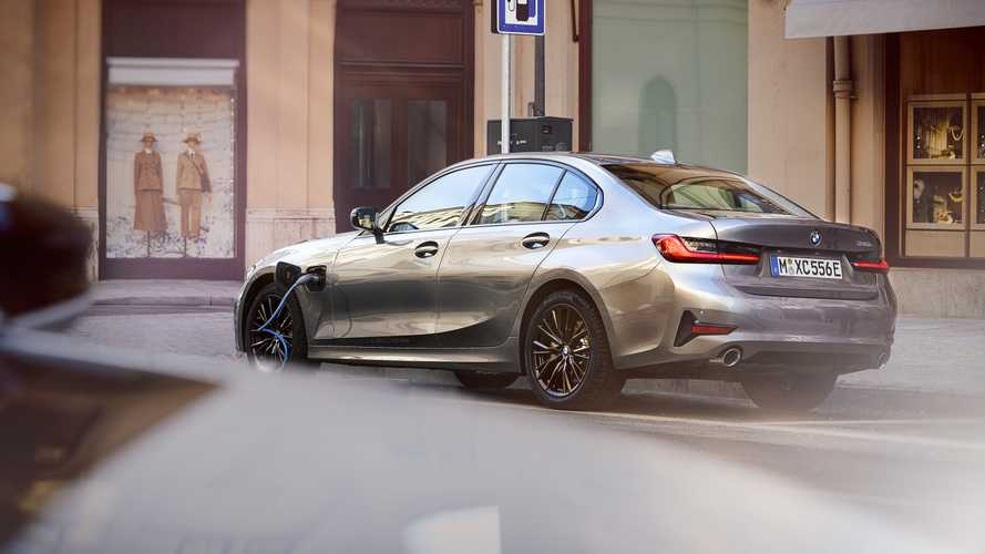 BMW Updates Its Plug-In Hybrid Lineup: More Electric Range