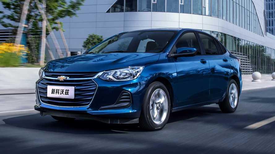 Chevrolet Onix Plus perde motor 1.3 aspirado e câmbio manual na China