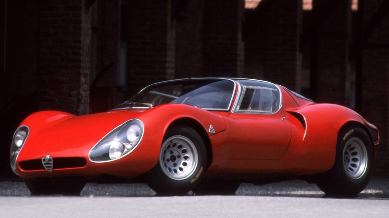 [Copertina] - Alfa Romeo 33 Stradale, un capolavoro di tecnologia e design