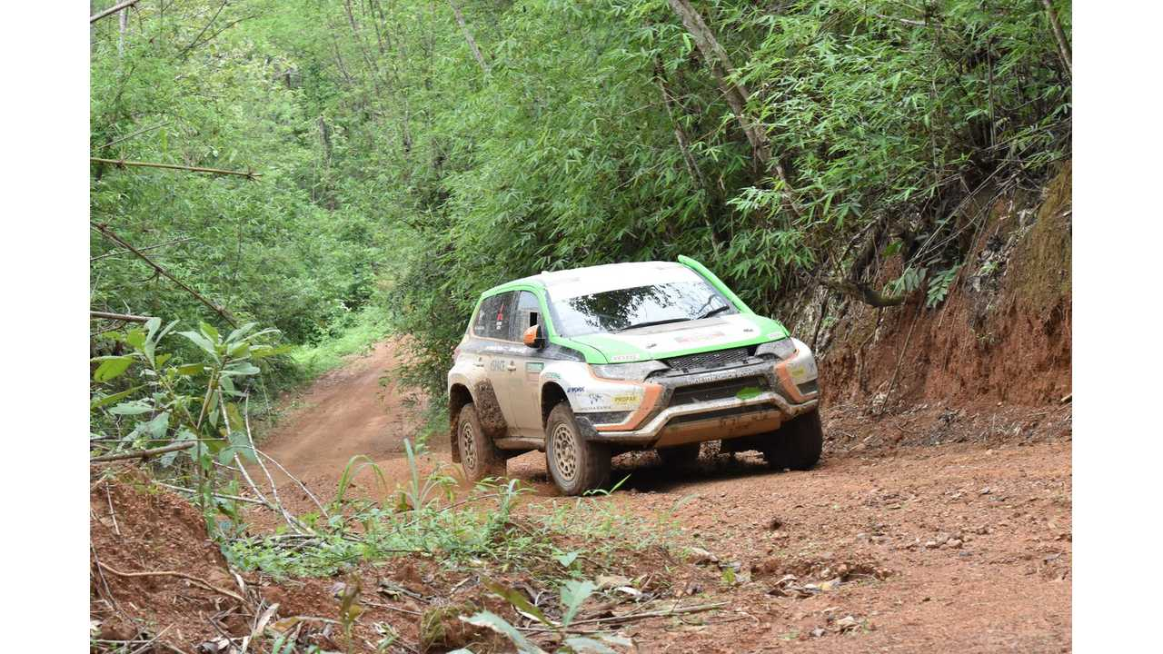 Mitsubishi Outlander PHEV Completes Asia Cross Country Rally 2015 (w/video)