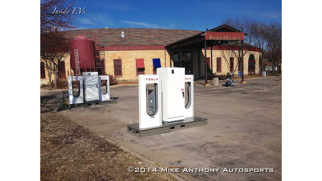 Tesla Supercharger In Aurora Replaced By 4 High Power Wall Connectors
