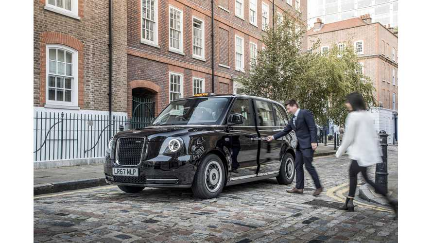 LEVC TX Electric Taxi Arrive On London's Roads Today For The Final Tests - Videos