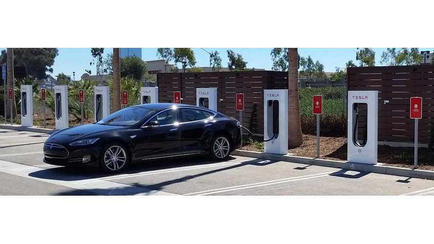 Tesla Opens Supercharger #200