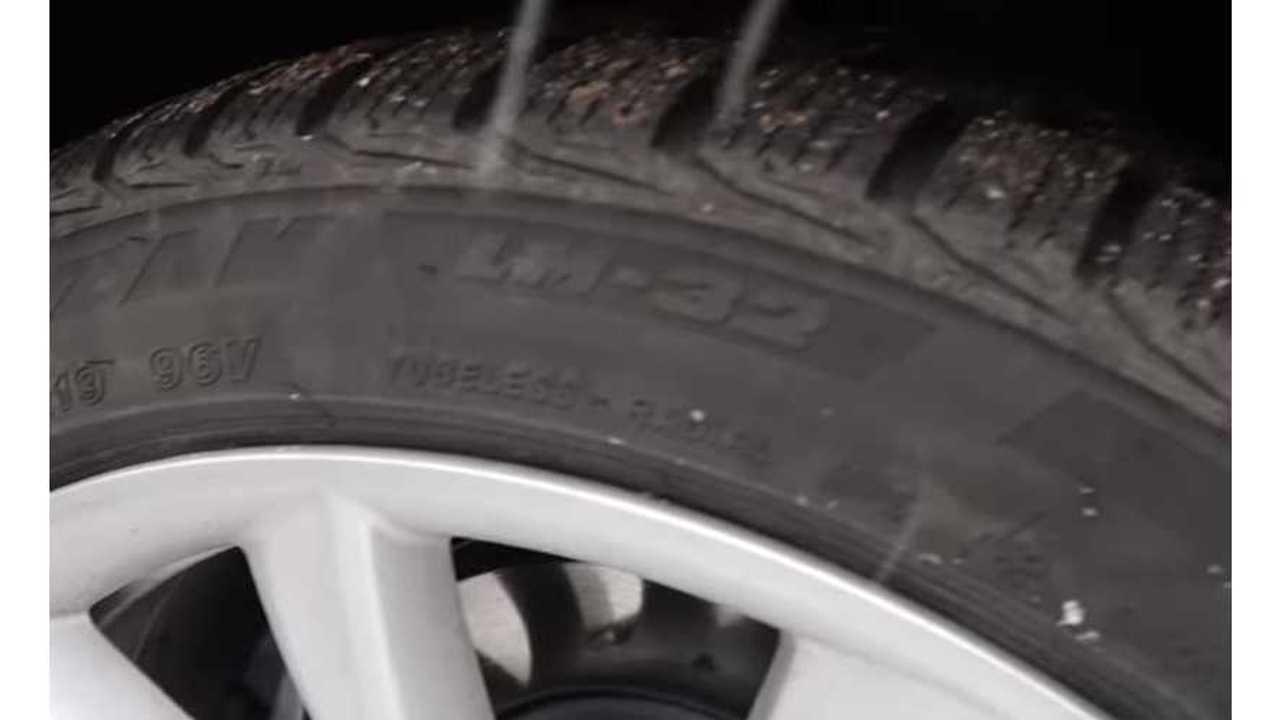 Tesla Model 3 snow tires bridgestone blizzak