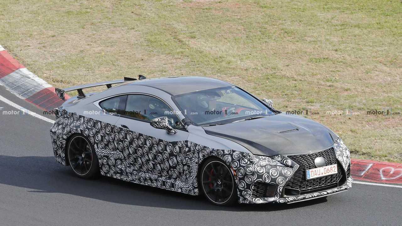 Lexus RC F GT spy photo