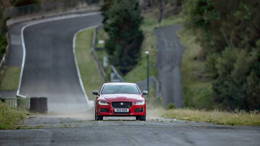 Újabb körrekordot döntött a Jaguar, ám ezúttal némi csavarral