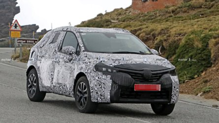 Renault Clio Compact SUV Spied For The First Time