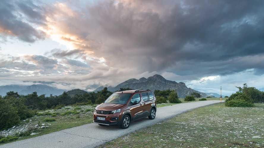 Yeni Peugeot Rifter'ın fiyatları açıklandı