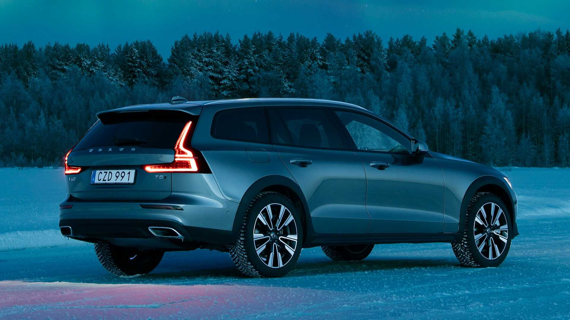 2020 Volvo V60 Cross Country First Drive Swede Swede Victory