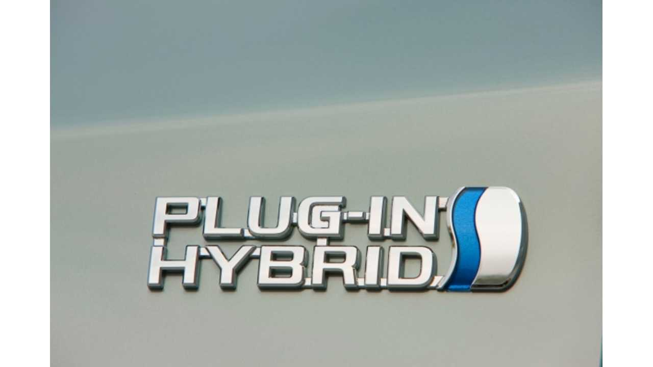 Plug-In Hybrid Prius Gets a Price Chop for 2014