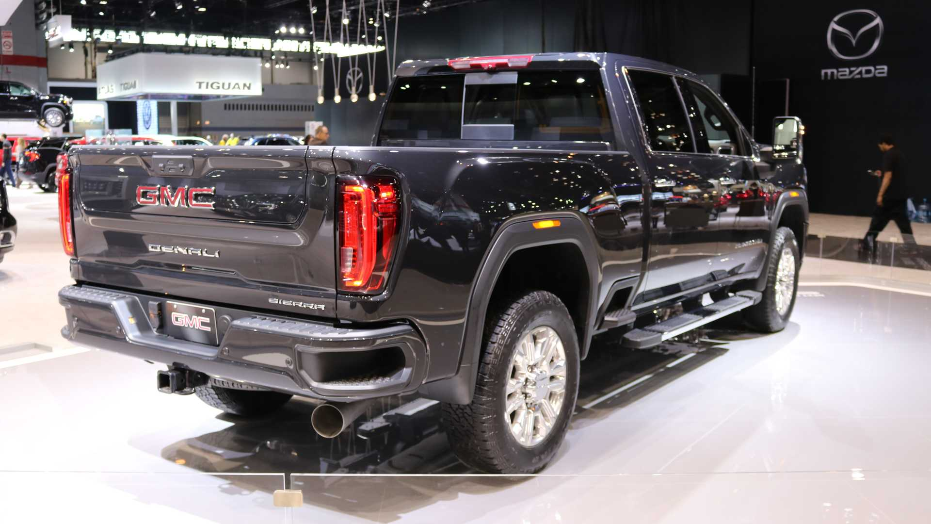 2020 GMC Sierra HD Arrives With More Tech And New Off-Road Trim