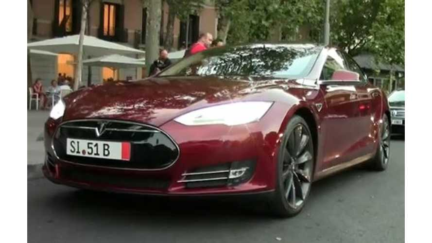 Video: Tesla Model S P85 Shows Up in Madrid