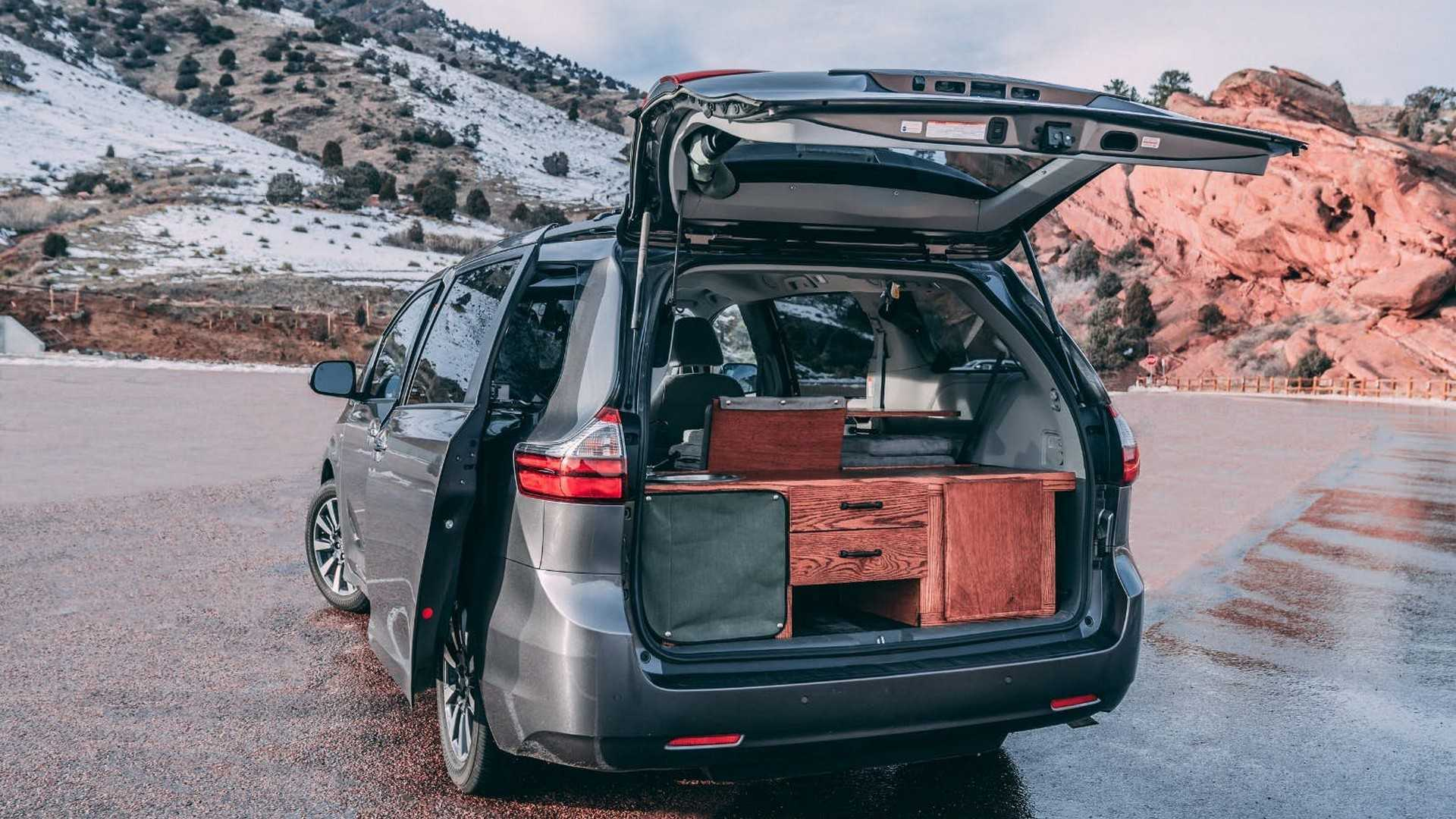 Oasis Motor Company >> Nifty Minivan Camper Conversions Maximize Space Efficiency