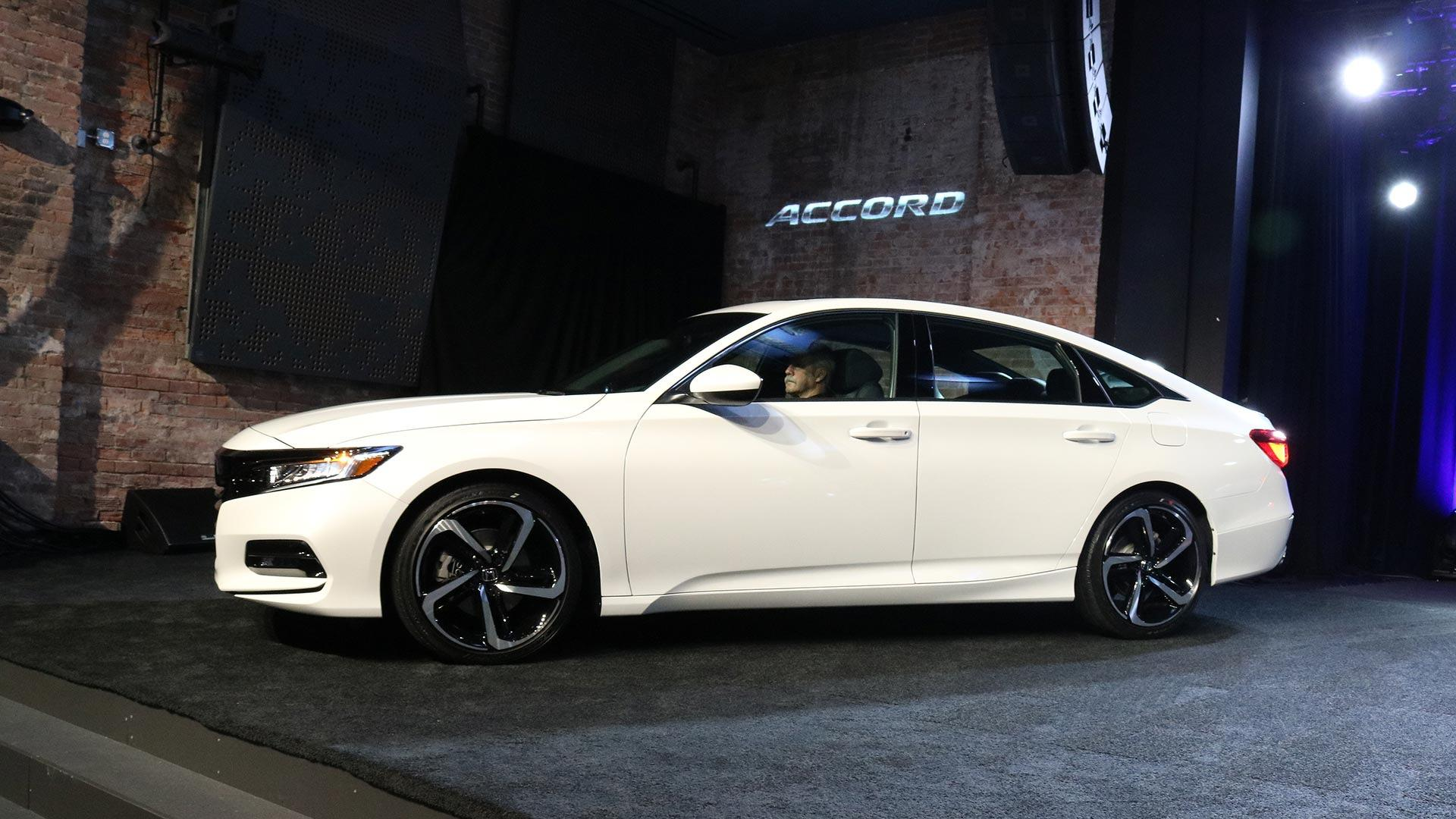 2018 Honda Accord >> 6 More Things To Know About The 2018 Honda Accord