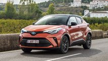 Toyota C-HR (2020) in Orange
