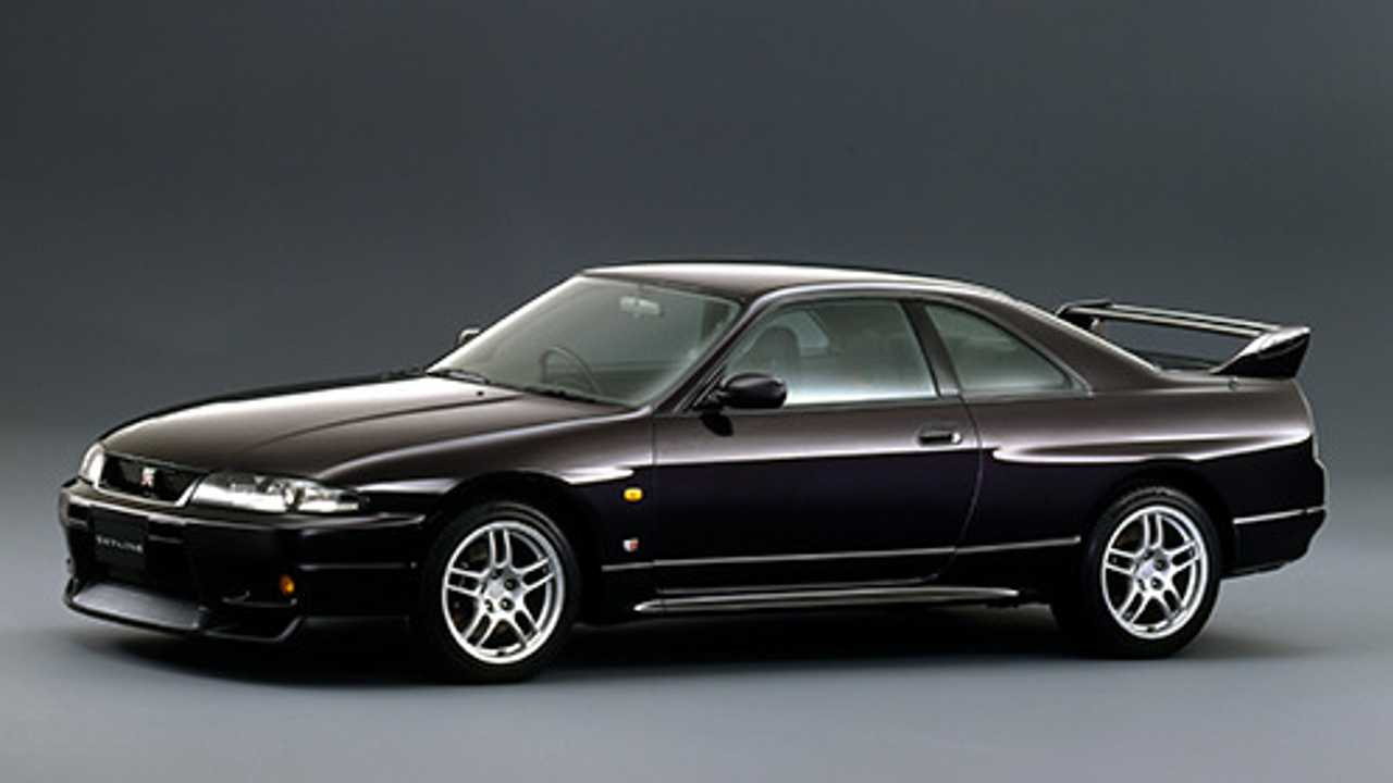 Nissan Will Make More Skyline GT-R R33 And R34 Parts
