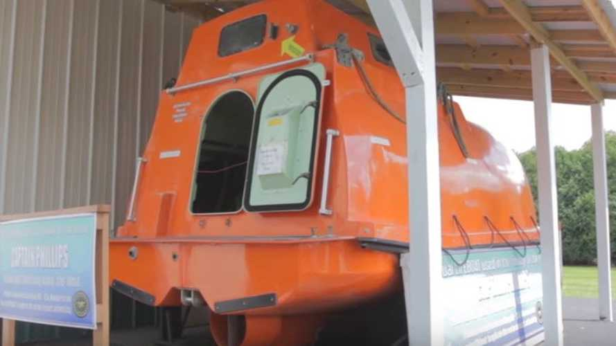 Dress Up As The Ultimate Pirate Captain In This 'Captain Phillips' Lifeboat