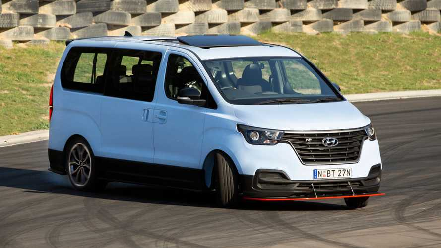 This Hyundai i800 van is an eight-seat drift bus with 402 bhp