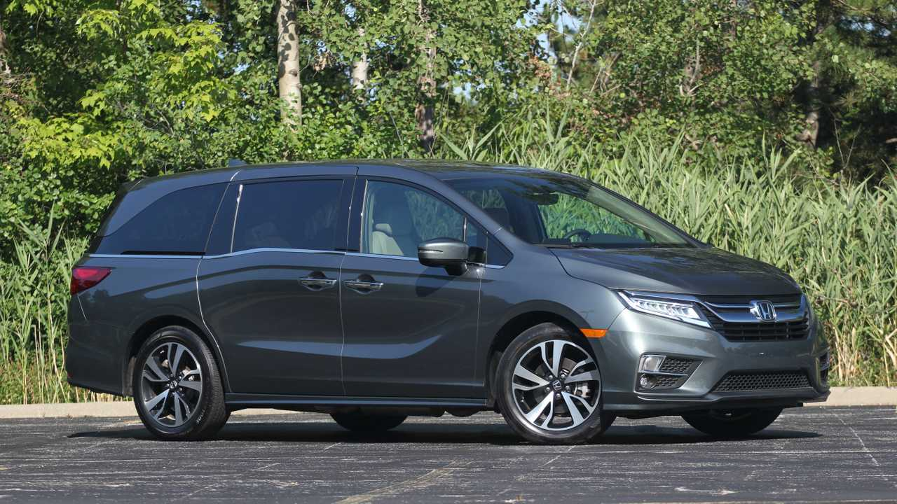 2019 Honda Odyssey Elite Review