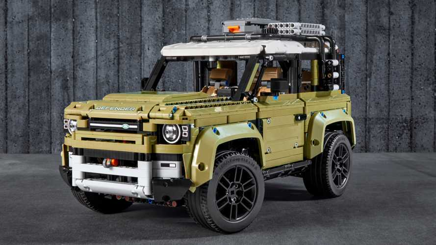 2020 Land Rover Defender Lego Technic ready for miniature off-road fun