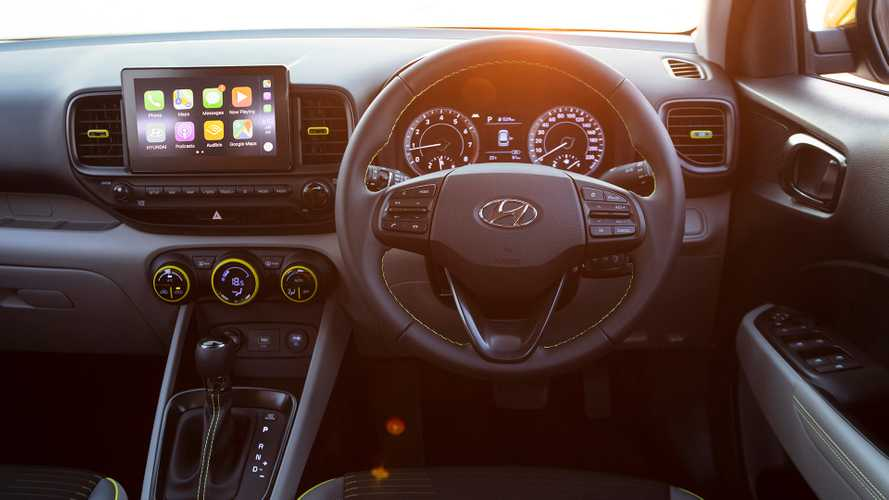 Hyundai Stuns Market With Center Console Airbag