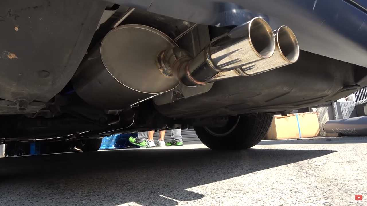 Mercedes S600 V12 Exhaust Screenshot