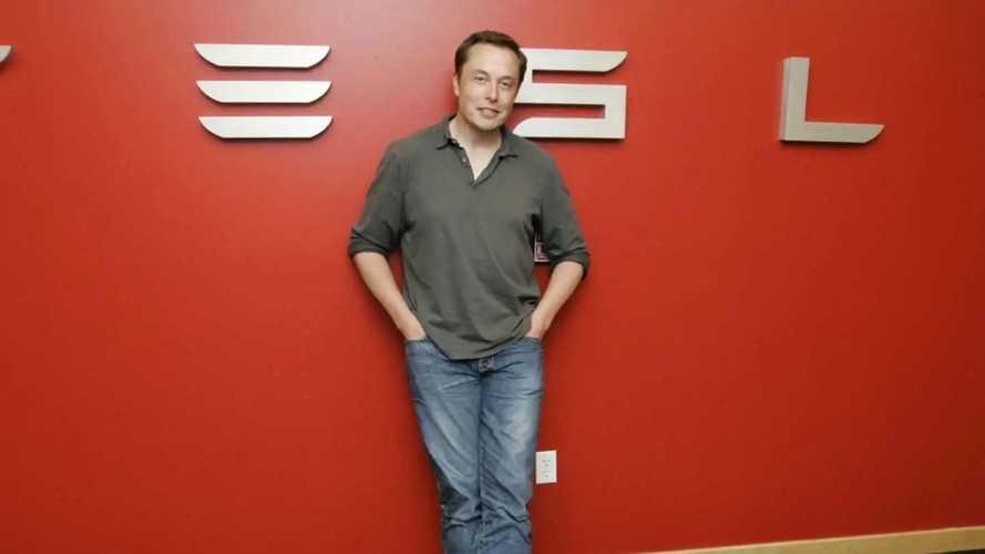 Tesla'nın CEO'su Elon Musk'ın kariyeri nasıl başladı?