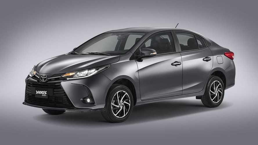 Novos Toyota Yaris e Yaris Sedan 2022 (reestilizados) são registrados no Brasil