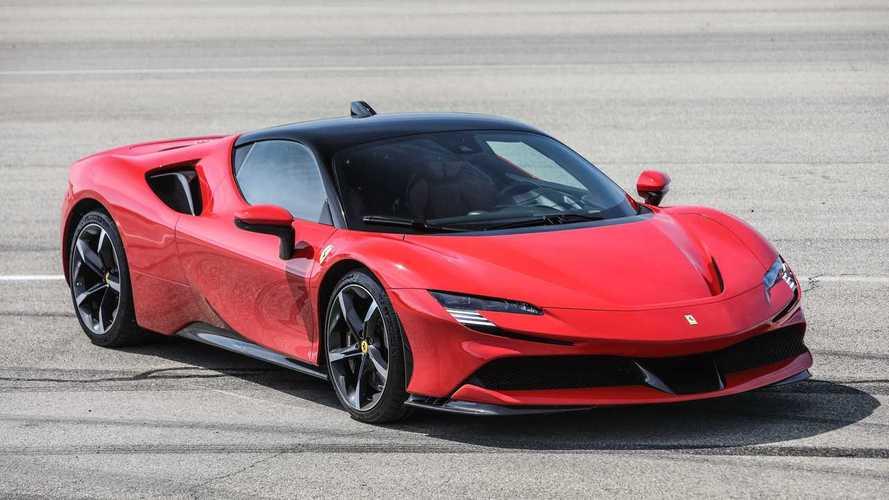Elképesztően gyorsul a Ferrari SF90 Stradale! (videó)