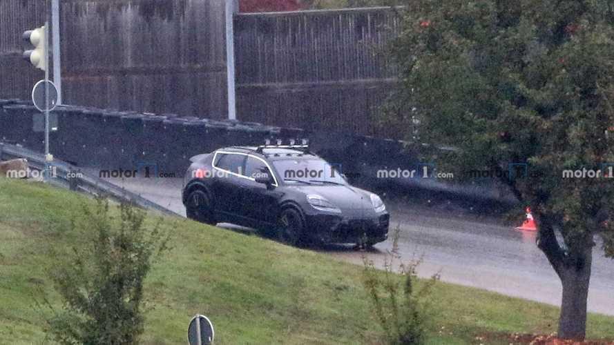 Photos espion Porsche Macan électrique