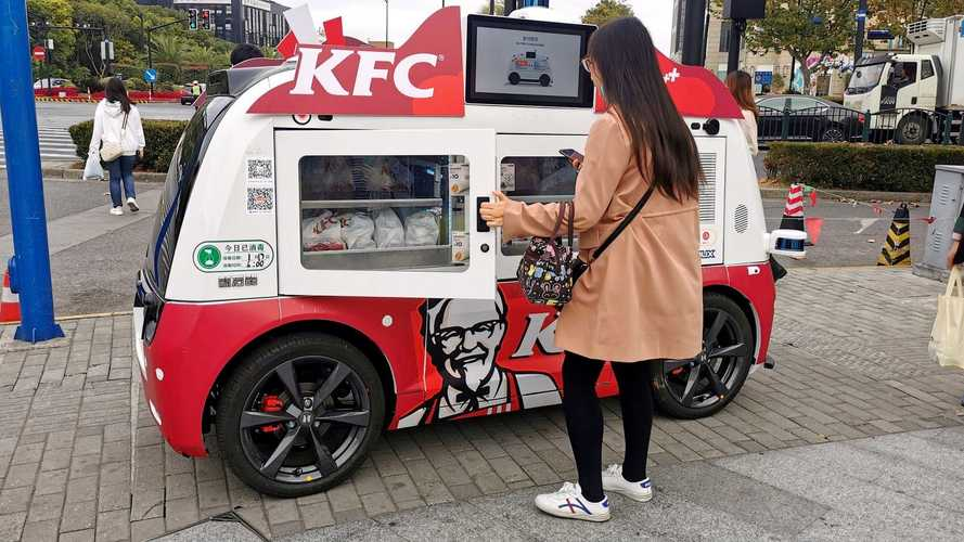 KFC usa food truck autônomo para vender frango frito nas ruas da China