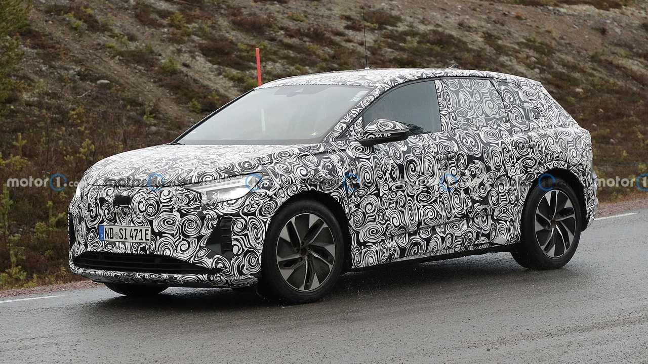 Audi Q4 E-Tron Spy Foto in movimento