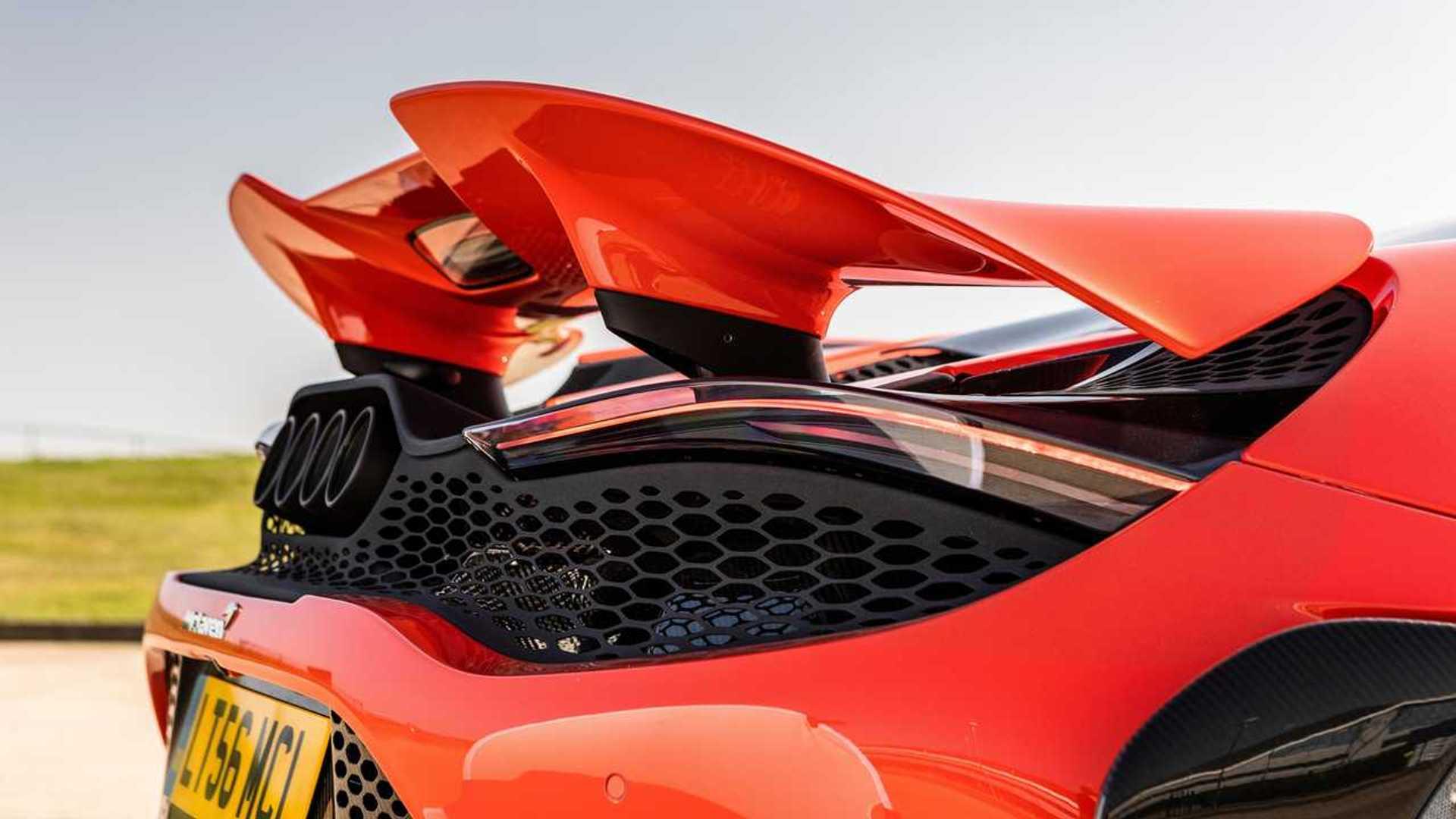 2021 McLaren 765LT wing